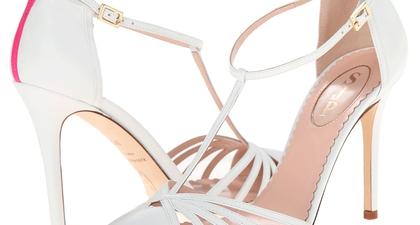 Sarah Jessica Parker Merancang Sepatu Bridal