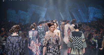 Fashion Show Elsewhere dari Biyan