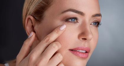 Rekomendasi Perawatan Area Mata untuk Wanita Usia 40-an