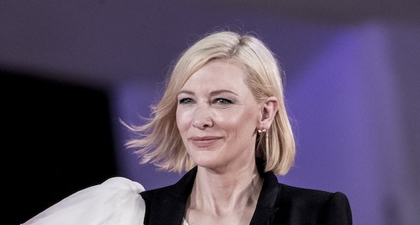 Cate Blanchett Tampil Dramatis Mengenakan Alexander McQueen