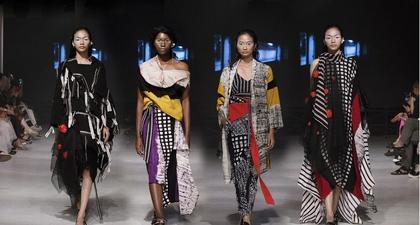 Koleksi Sewindu Bercerita dari Lulu Lutfi Labibi
