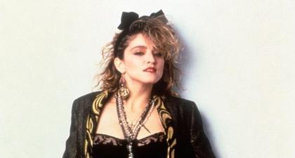 Madonna Akan Menyutradarai Film Tentang Kehidupannya
