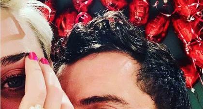 Cincin Lamaran Orlando Bloom dan Katy Perry Ditiru?