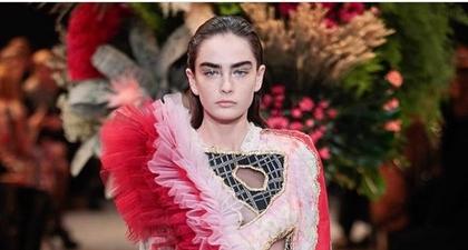 Surealisme ala Viktor & Rolf untuk Haute Couture 2017