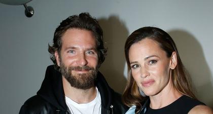 Bradley Cooper & Jennifer Garner Terlihat Bersama di Malibu