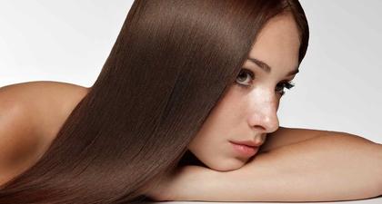 10 Penyebab Munculnya Jerawat di Kepala & Cara Mengatasinya