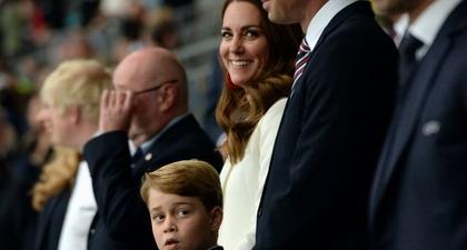 Pangeran George Terlihat Bersama Pangeran William dan Kate Middleton di Final Piala Eropa Semalam