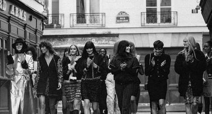 Elemen Kemeriahan Pesta Dihadirkan Chanel di Koleksi Musim Gugur 2021