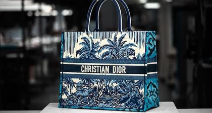 Menyingkap Detail Pembuatan Tas Dior Book Tote Palms yang Menggunakan Kain Ikat Endek dari Bali