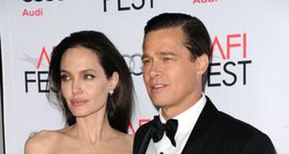 """Angelina Jolie Katakan """"Ini Menyakitkan"""", Ketika Brad Pitt Bekerja dengan Harvey Weinstein"""