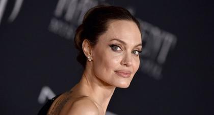 Angelina Jolie Akhirnya Bikin Akun Instagram untuk Bagikan Surat Dari Gadis Afghanistan