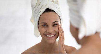 Bahan Skincare yang Berfungsi Ampuh Melawan Anti-Aging atau Penuaan