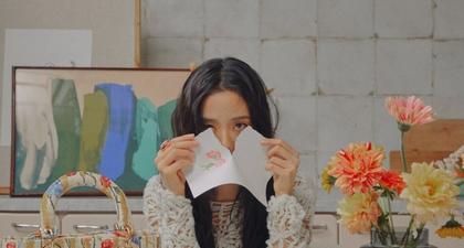 Jisoo Blackpink Padukan Ragam Tas Ikonis Lady Dior Dalam Pemotretan Terbarunya