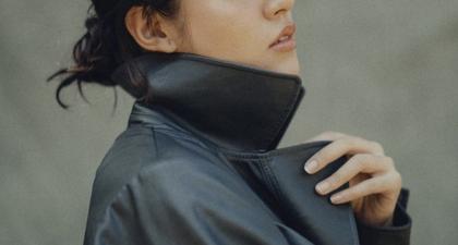 Raisa Pancarkan Aura Elegan ketika Berpose Mengenakan Vegan Leather Coat dan Riasan Minimalis