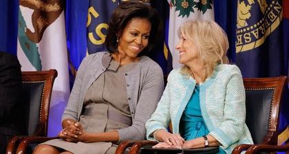 Jill Biden & Michelle Obama Buktikan Jalinan Persahabatan yang Masih Kuat