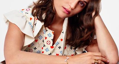 Temukan Inspirasi Hadiah Hari Natal dan Tahun Baru di Kampanye Louis Vuitton terbaru
