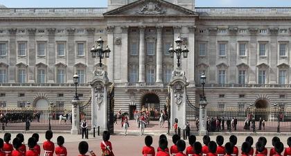 Istana Buckingham Bantah Adanya Praktik Korup & Ketidakjujuran dalam Proses Perekrutan Jajaran Stafnya