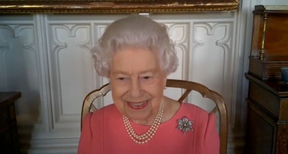 Ratu Elizabeth II: Vaksinasi Covid-19 Tidak Sakit Sama Sekali
