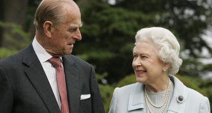 Ratu Elizabeth Bagikan Pesan Ulang Tahun yang Menyentuh, Menyusul Kepergian Suami Tercintanya, Pangeran Philip