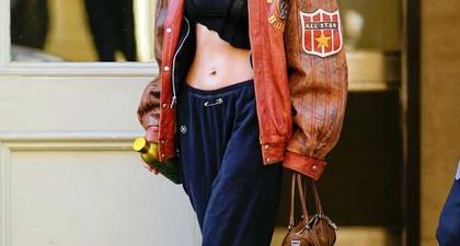 Bella Hadid Tampil Kasual dengan Crop Top dan Celana Velour
