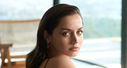 Ana de Armas Didaulat Sebagai Wajah Baru Brand Kecantikan Estee Lauder