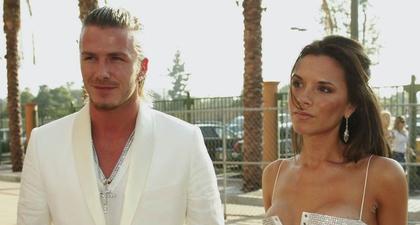 David & Victoria Beckham Rayakan Hari Jadi Pernikahan yang ke-22 dengan Membagikan Foto Keduanya Tampil Kembar dari Masa ke Masa