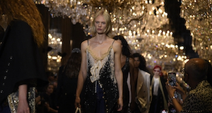 Louis Vuitton Ajak Anda Jelajahi Waktu Melalui Koleksi Busana Spring/Summer 2022