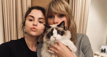 Selena Gomez Bagikan Foto Langka Bersama Taylor Swift Lengkap dengan Pesan Bahwa Ia Merindukannya
