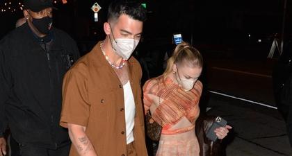 Pakaian Berwarna Serasi Menjadi Tema untuk Kencan Joe Jonas dan Sophie Turner Kali Ini