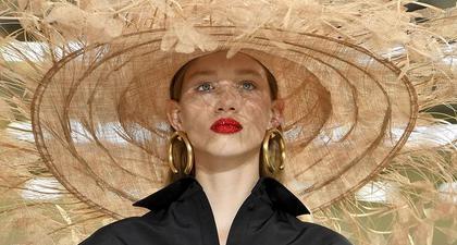 Label Fashion Valentino Dikabarkan akan Segera Merilis Koleksi Makeup