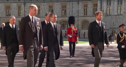 Mengapa Pangeran William & Harry Tak Berjalan Berdampingan di Acara Pemakaman Pangeran Philip?