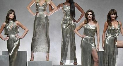 10 Momen Karier Mengesankan Jadi Model Bagi Claudia Schiffer