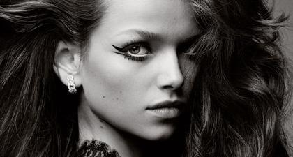 Tiga Trik Ini Mempermudah Aplikasi Eyeliner dengan Sempurna