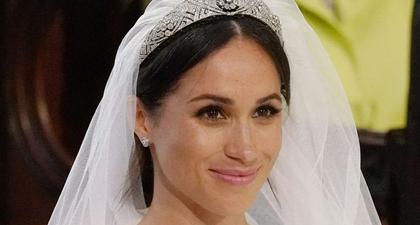 Sebenarnya, Ratu Tak Setuju dengan Tiara Pernikahan Meghan