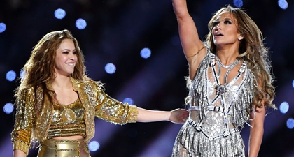 Jennifer Lopez Ajarkan Gerakan Dansa Pada Shakira