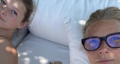 Gwyneth Palrow & Putrinya Seperti Kembar Saat Selfie Bersama