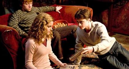 J.K. Rowling Luncurkan Klub Buku Harry Potter