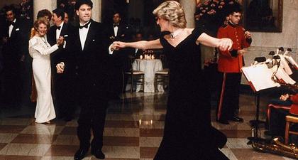 Busana Ikonis Putri Diana Terjual 4 Miliar Rupiah