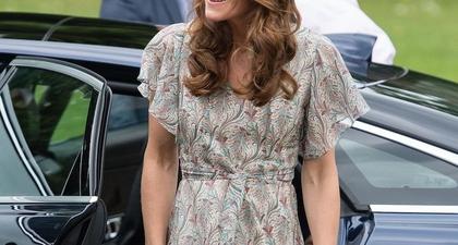 Lagi, Busana Musim Panas Kate Middleton Menarik Perhatian