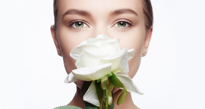 7 Manfaat Air Mawar untuk Kulit Wajah dan Rambut