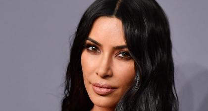 Lihat Transformasi Warna Rambut Kim Kardashian