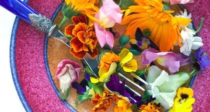 5 Jenis Bunga yang Aman Dikonsumsi