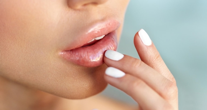 Solusi Mengatasi Bibir Kering Saat Puasa