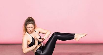 17 Inspirasi Gerakan Yoga untuk Membentuk Otot Perut